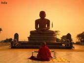 india_rezando_reza_orango_buda