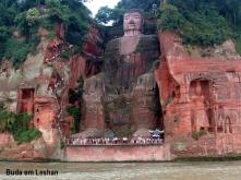 leshan_buddha_statue_view