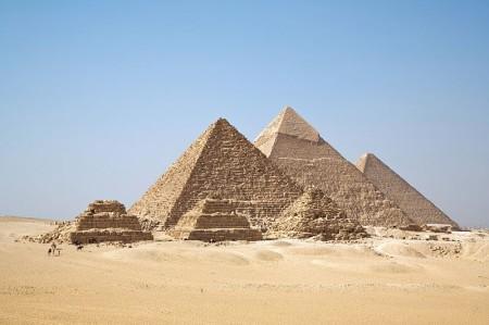 01-piramide