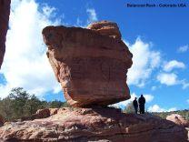 800px-Balanced_Rock