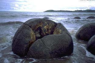 moeraki-boulders-51.4
