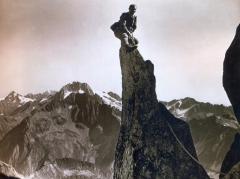 Jean Gaberell - Suiça 1919 - No topo de um pico nos Alpes