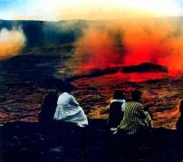 Hilo Photo works - 1920 - Havaí - A beira de um vulcão