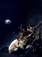 James P. Blair - 1973 - Maryland - Verificação de uma antena de satélite