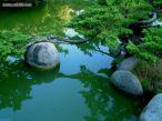 Pedras em um jardim japonês. No jardim japonês, as pedras tem o significado da eternidade. A força imutável.